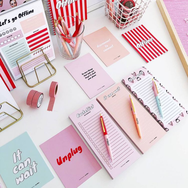 Go Offline with Studio Stationery x Pip Pellens!