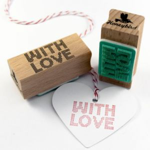 "Stempel ""With Love"" raster Miss Honeybird 1"