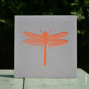 Libelle kaart fluor oranje Letterpers 1