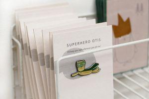 Pin Otis superheld, Ted & Tone 4