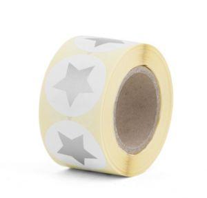 Sticker wit rond met gouden of zilveren ster 2