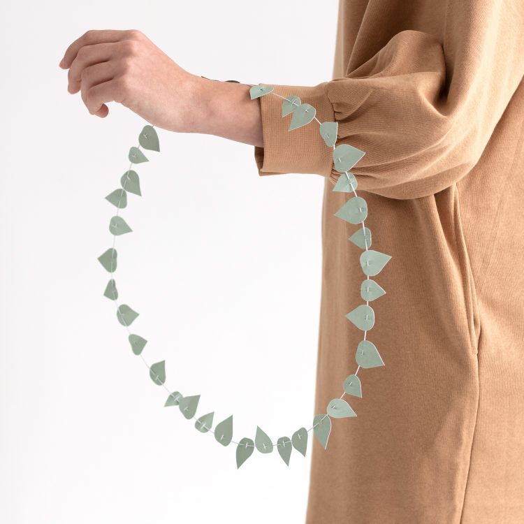 Twig leaves - sage groen Jurianne Matter
