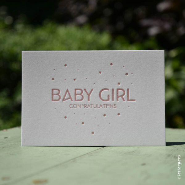 Wenskaart 'Baby Girl' ambachtelijk gedrukt van Letterpers