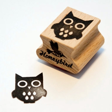 Stempel uil, Miss Honeybird
